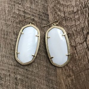 Kendra Scott Large Pearl Earrings